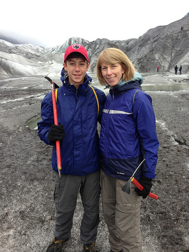 Glaciar hike via Lizshealthytable.com