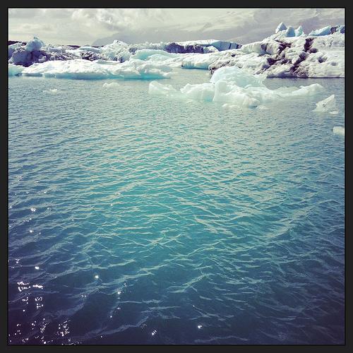 Iceland lagoon via Lizshealthytable.com