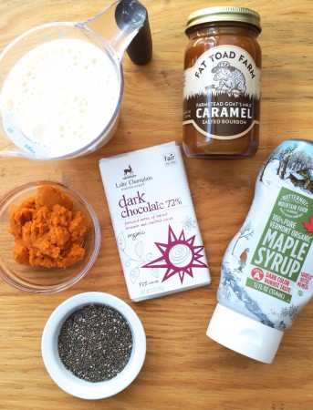 Pumpkin Chia Pudding Ingredients and toppers via Lizshealthytable.com