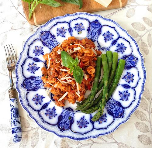 Homemade Healthy Beefaroni via LizsHealthyTable.com