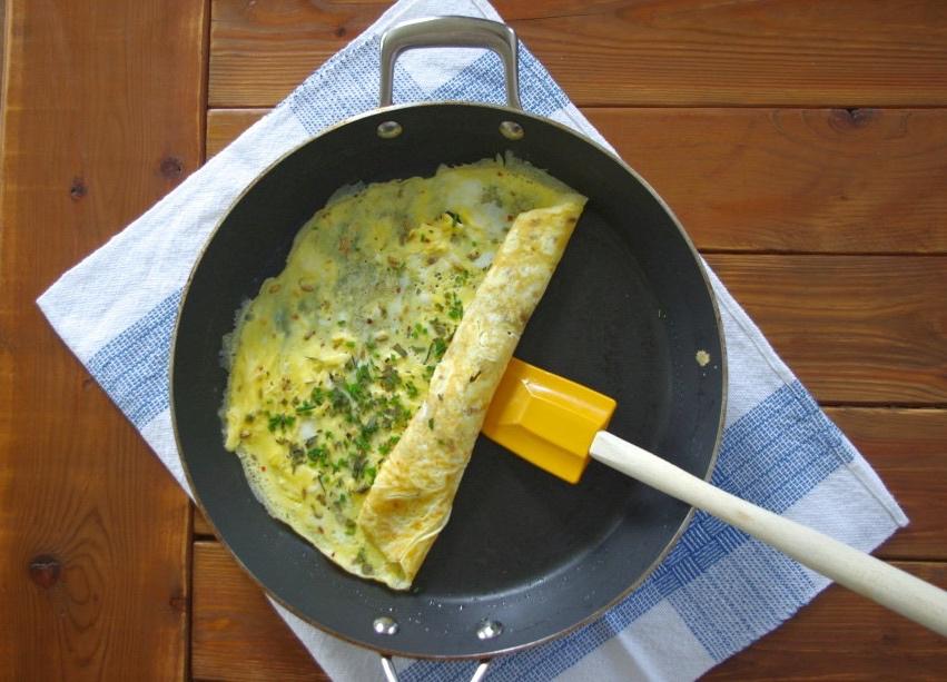 Omelet via LizsHealthyTable.com