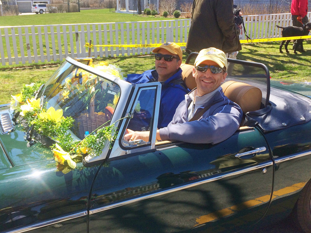 Daffodil Festival street scene on Nantucket via LizsHealthyTable.com