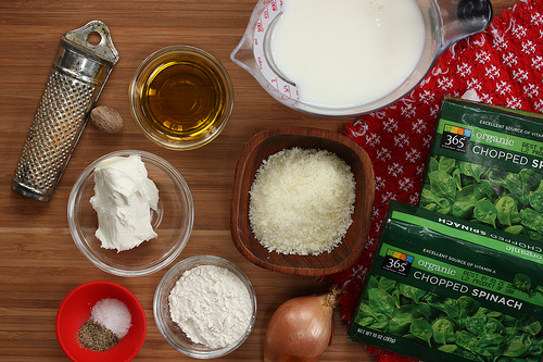 Cream-less Creamed Spinach via LizsHealthyTable.com