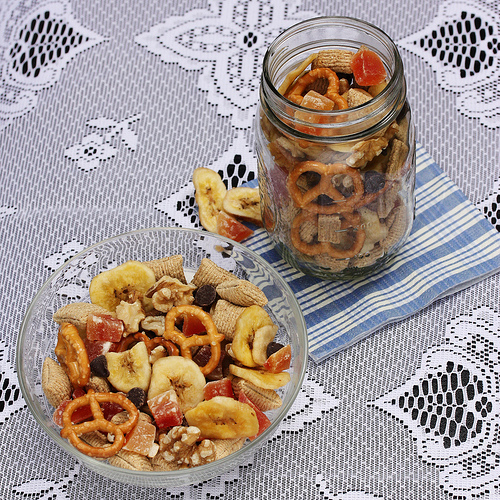Lunch Box Snack Ideas via LizsHealthyTable.com