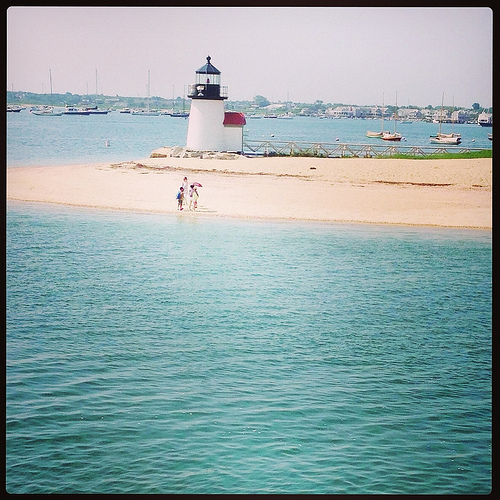 Brant Point Lighthouse via Lizshealthytable.com